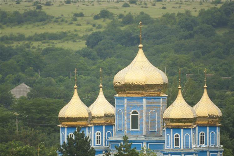 храм в селе Высоцкое